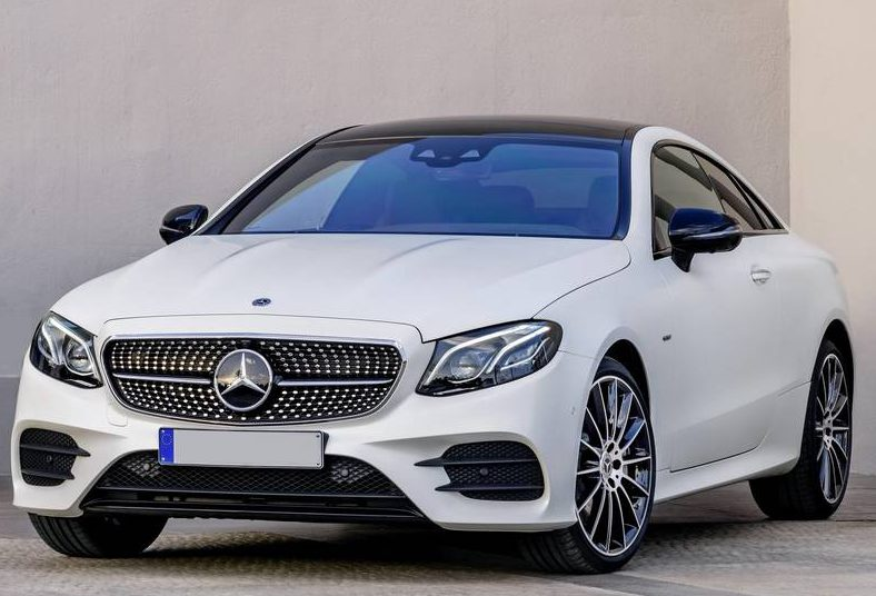 Catalogo Mercedes-Benz Classe E Cabriolet 2017 - image mercedes-benz-class-e-coupe-2017-front-side-11-e1501754918301 on http://auto.motori.net