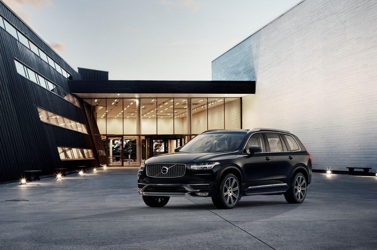 Volkswagen Passat 2014, svelata a Parigi - image 000044-000000212 on http://auto.motori.net