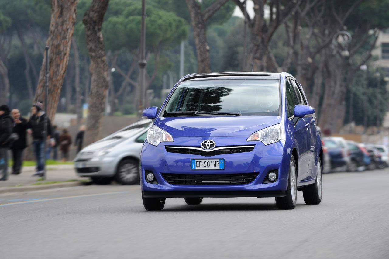Toyota Verso-S: l'altro lato della versatilità - image 000088-000000422 on http://auto.motori.net