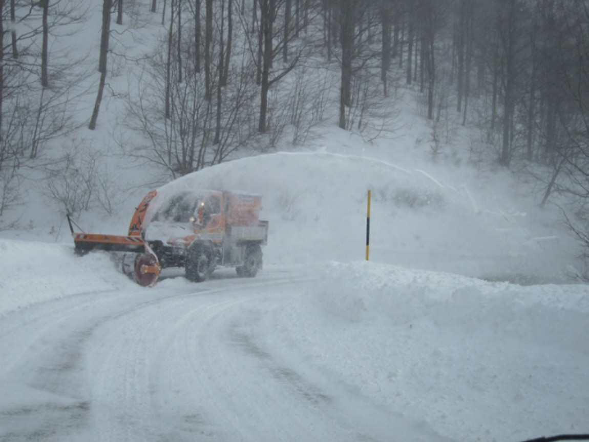 Cosa dice il Codice della strada - image 000232-000001289 on http://auto.motori.net