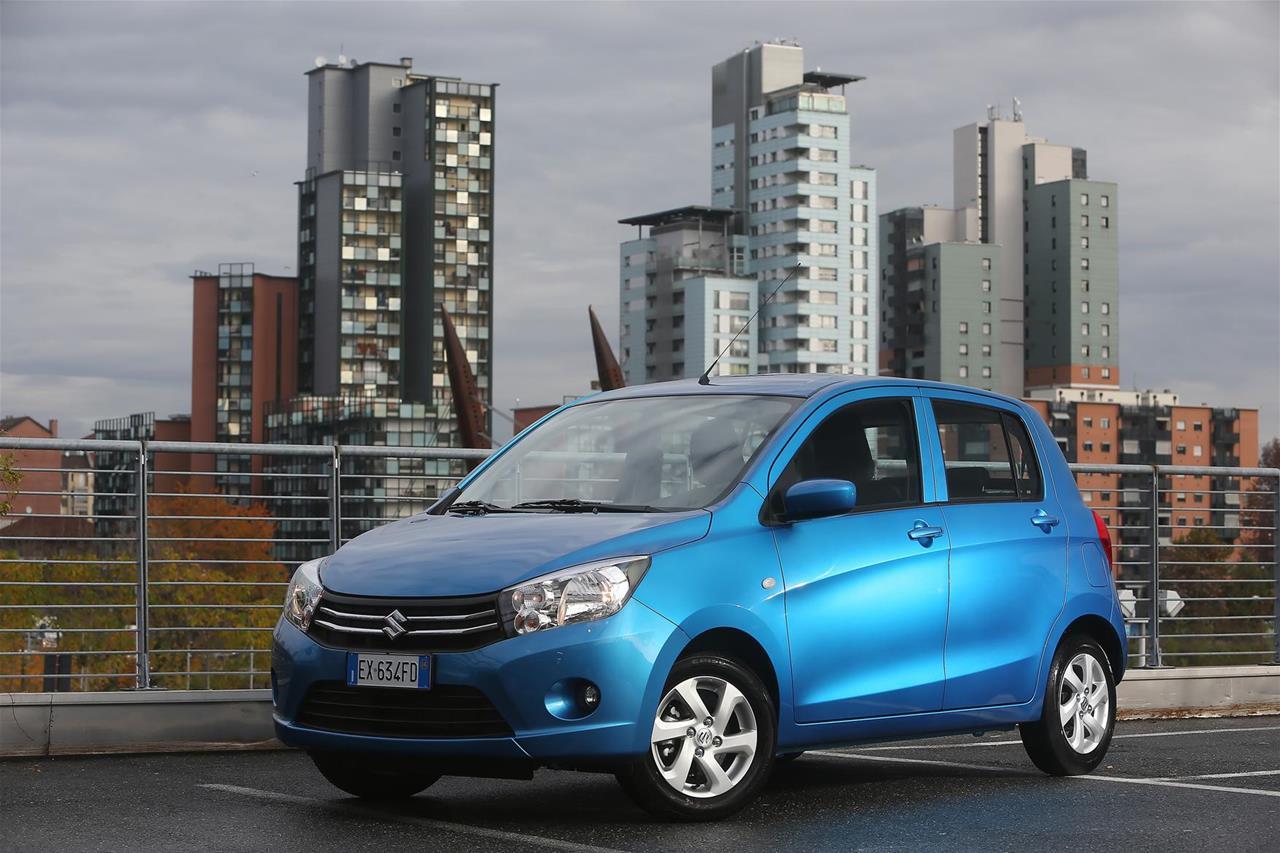Buon Anno Italia. Da Fiat 500X gli auguri per l'anno che verrà - image 002286-000021730 on http://auto.motori.net