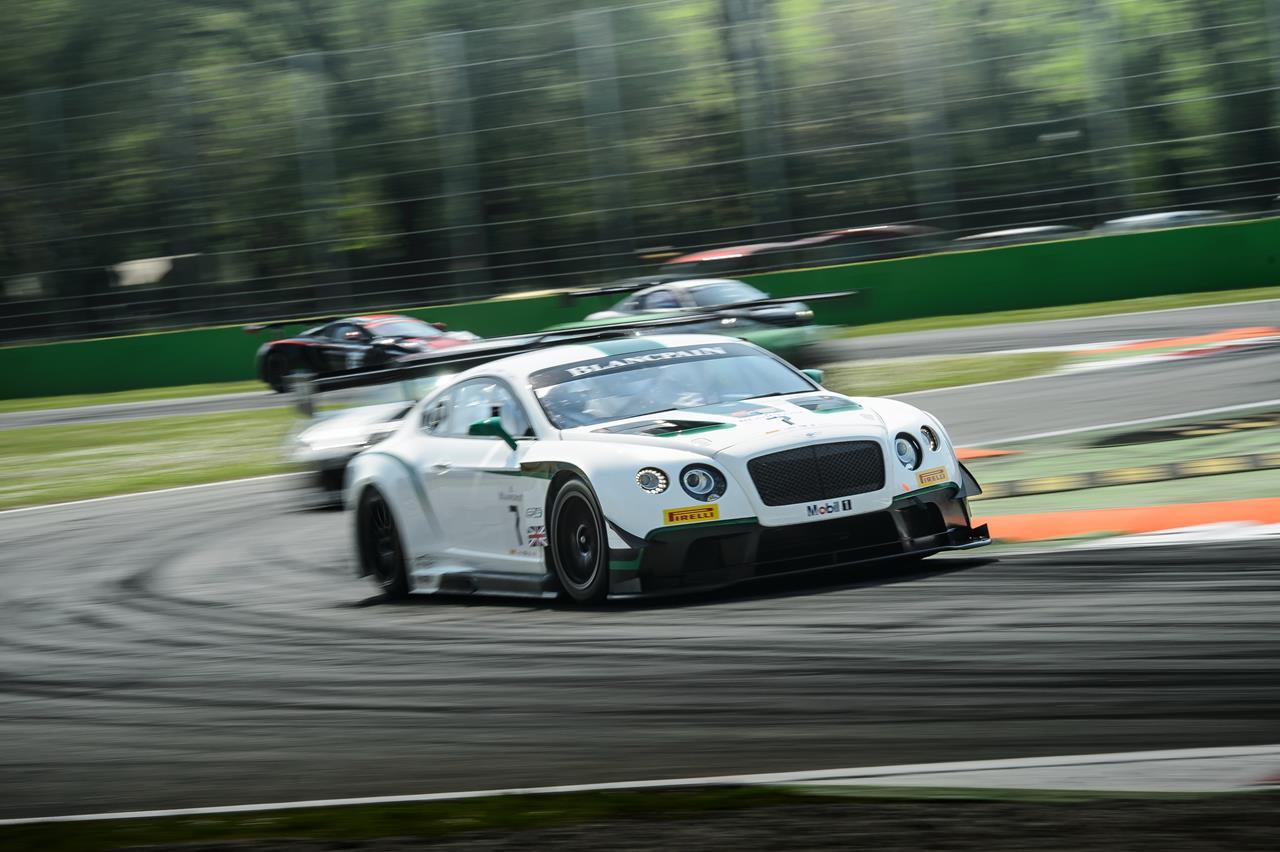 Sfida tra i ghiacci per le Polo R WRC - image 003421-000032512 on http://auto.motori.net