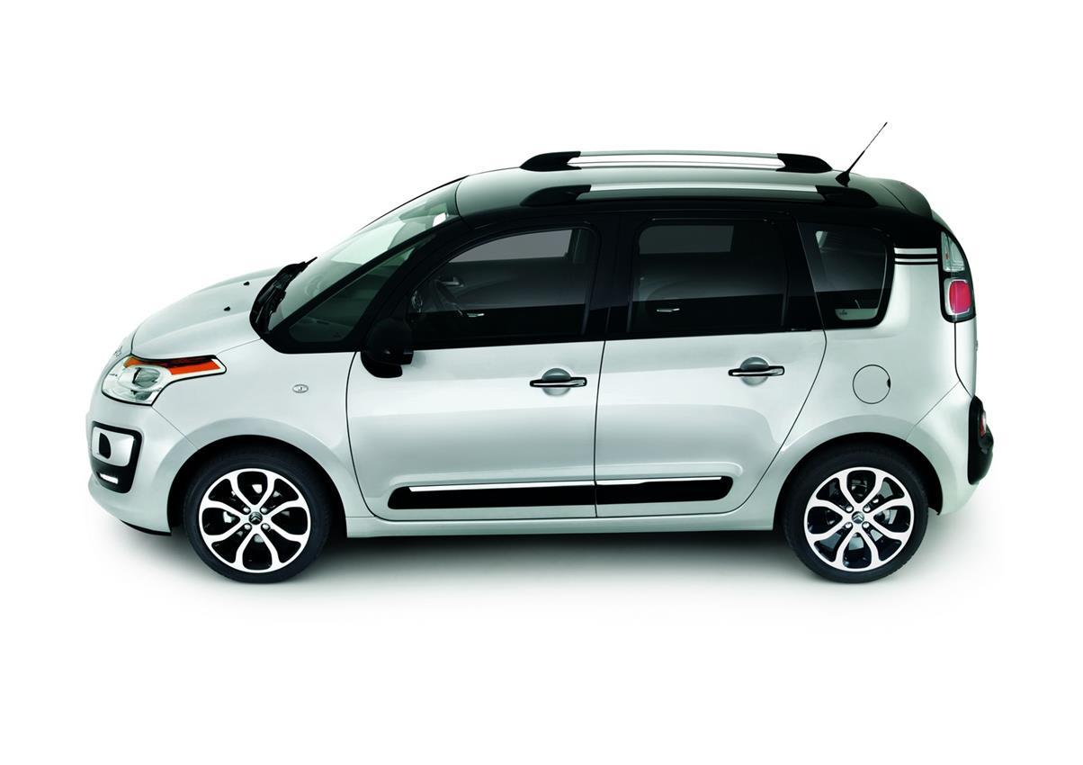 I sessant'anni della più rivoluzionaria delle automobili: la Citroën DS - image 005838-000046660 on http://auto.motori.net