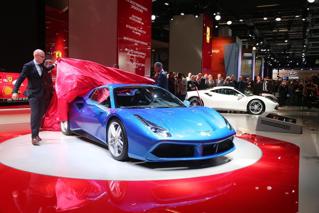Fiat, Lapo Elkann e Garage Italia Customs contro l'AIDS - image 012218-000109387 on http://auto.motori.net