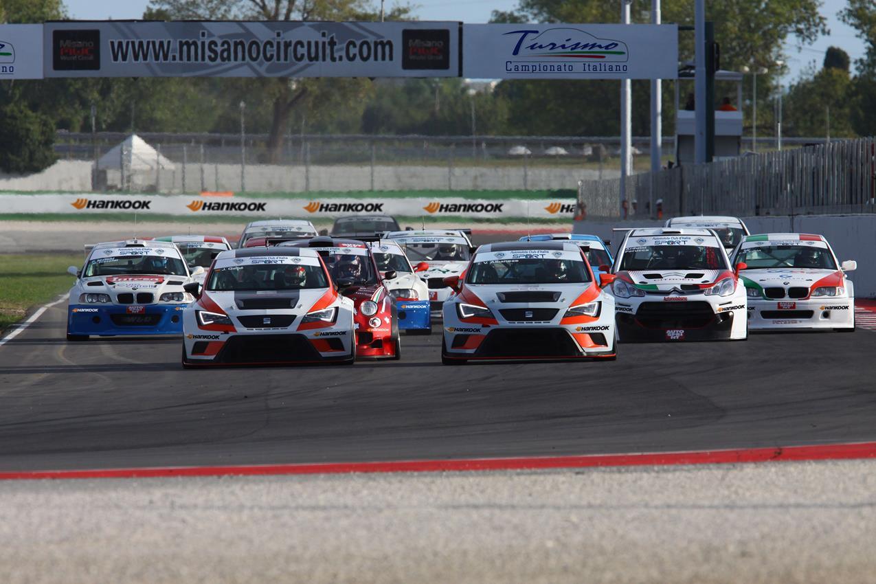 Audi Sport: nato in pista per emozionare sulla strada - image 019646-000182579 on http://auto.motori.net