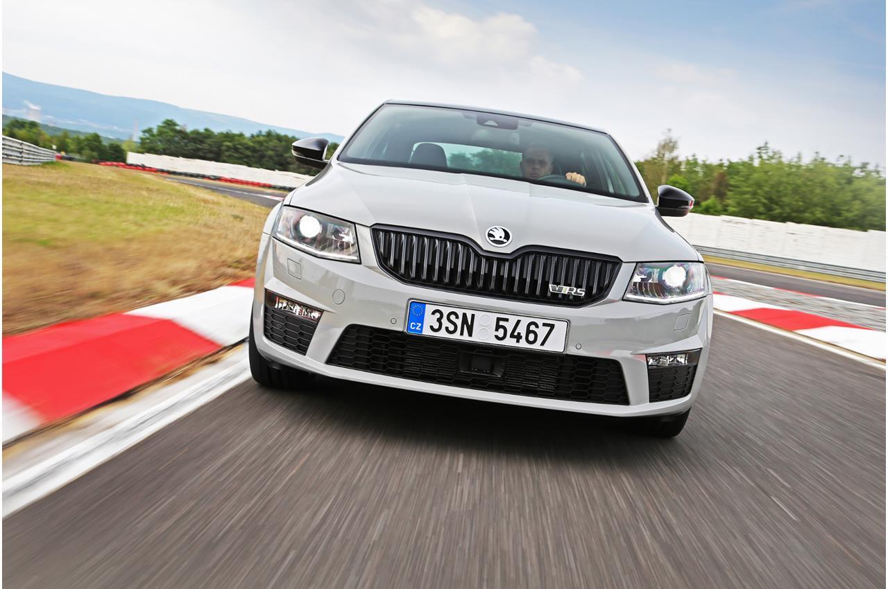 Disponibile la nuova Volvo S60 e V60 Polestar con motore da 367 CV - image 020660-000192623 on http://auto.motori.net