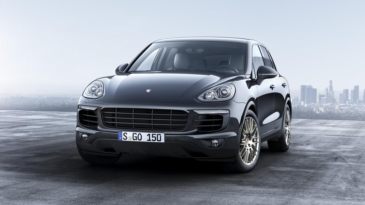 Peugeot: La storico 205 cabriolet - image 021727-000203118 on http://auto.motori.net