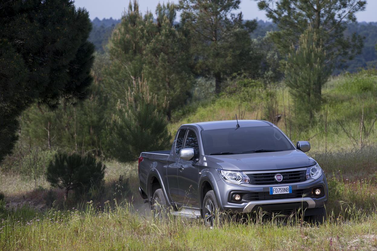 Peugeot ritorna nel mercato dei Pick-Up - image 021742-000203173 on http://auto.motori.net