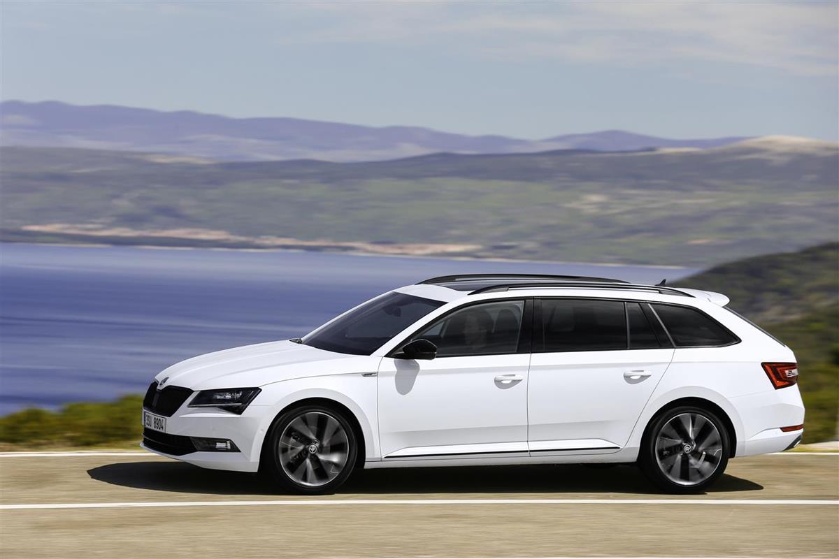 La nuova Audi A5 e S5 Cabriolet: sportività e piacere di guida - image 022101-000205552 on http://auto.motori.net