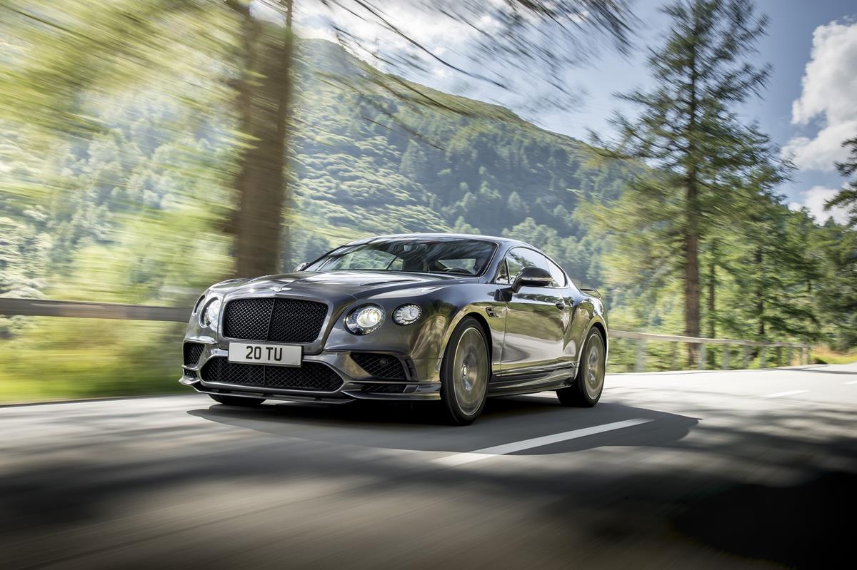 Ford GT: il display digitale adattivo è l'orizzonte sul futuro visto dall'interno di una supercar - image 022213-000206050 on http://auto.motori.net
