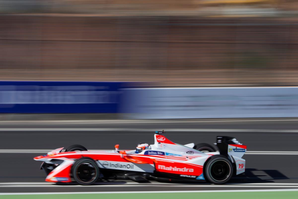 F1 Gp della Cina: Vettel secondo, Kimi quinto - image 022328-000206572 on http://auto.motori.net