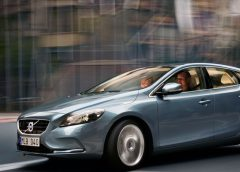 Libretto d'Uso e Manutenzione Volvo V40 CROSS COUNTRY Berlina 2v 2017 - image 30967_1_big-240x172 on http://auto.motori.net