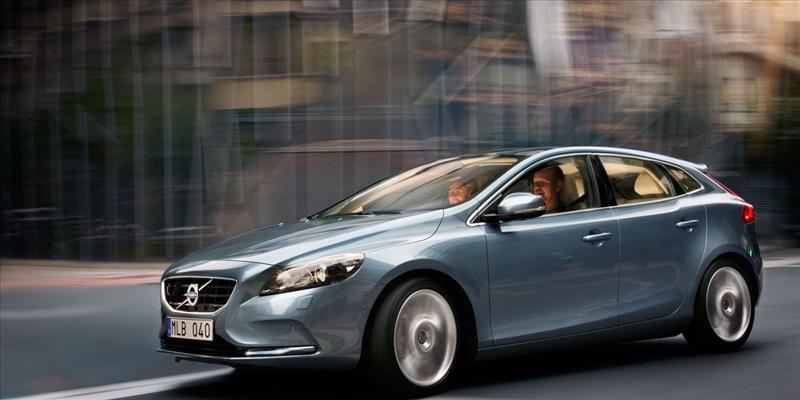 Listino prezzi Volvo V40 2017 - image 31076_1_big on http://auto.motori.net