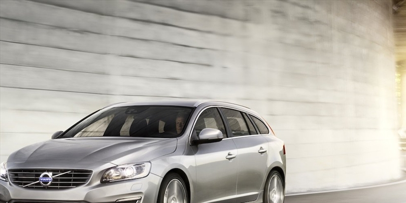 Listino prezzi Volvo V60 Station Wagon 2017 - image 31077_1_big on http://auto.motori.net