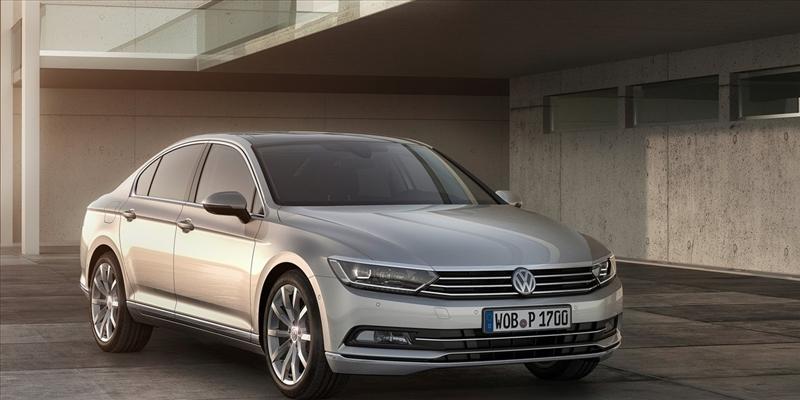 Listino prezzi Volvo V40 2017 - image 31100_1_big on http://auto.motori.net