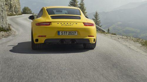 La nuova Porsche 911 Carrera T - image P17_0889_a5_rgb-500x280 on http://auto.motori.net