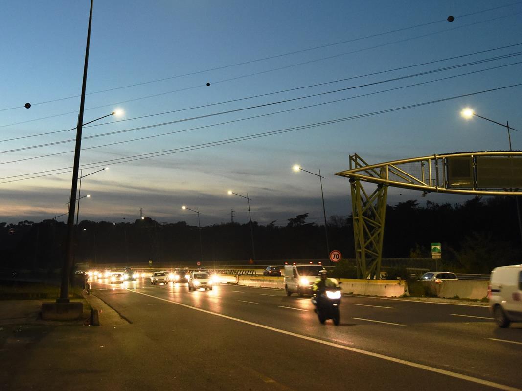 Sviluppato secondo le esigenze degli automobilisti - image GRA_notte on http://auto.motori.net