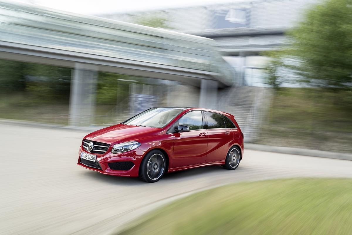 La tecnologia facile di Mercedes - image classeb on http://auto.motori.net