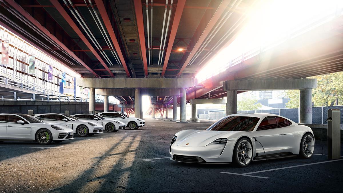Lega No Gas by Fra-Ber per ogni genere di cerchi - image porsche_e_performance_MY17 on http://auto.motori.net