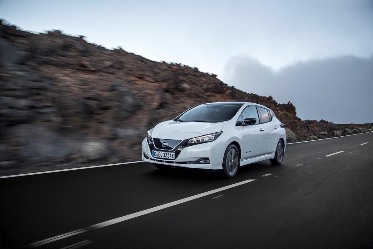 Mazda presenta il SUV crossover compatto CX-30 - image 426220841_New-Nissan-LEAF on http://auto.motori.net