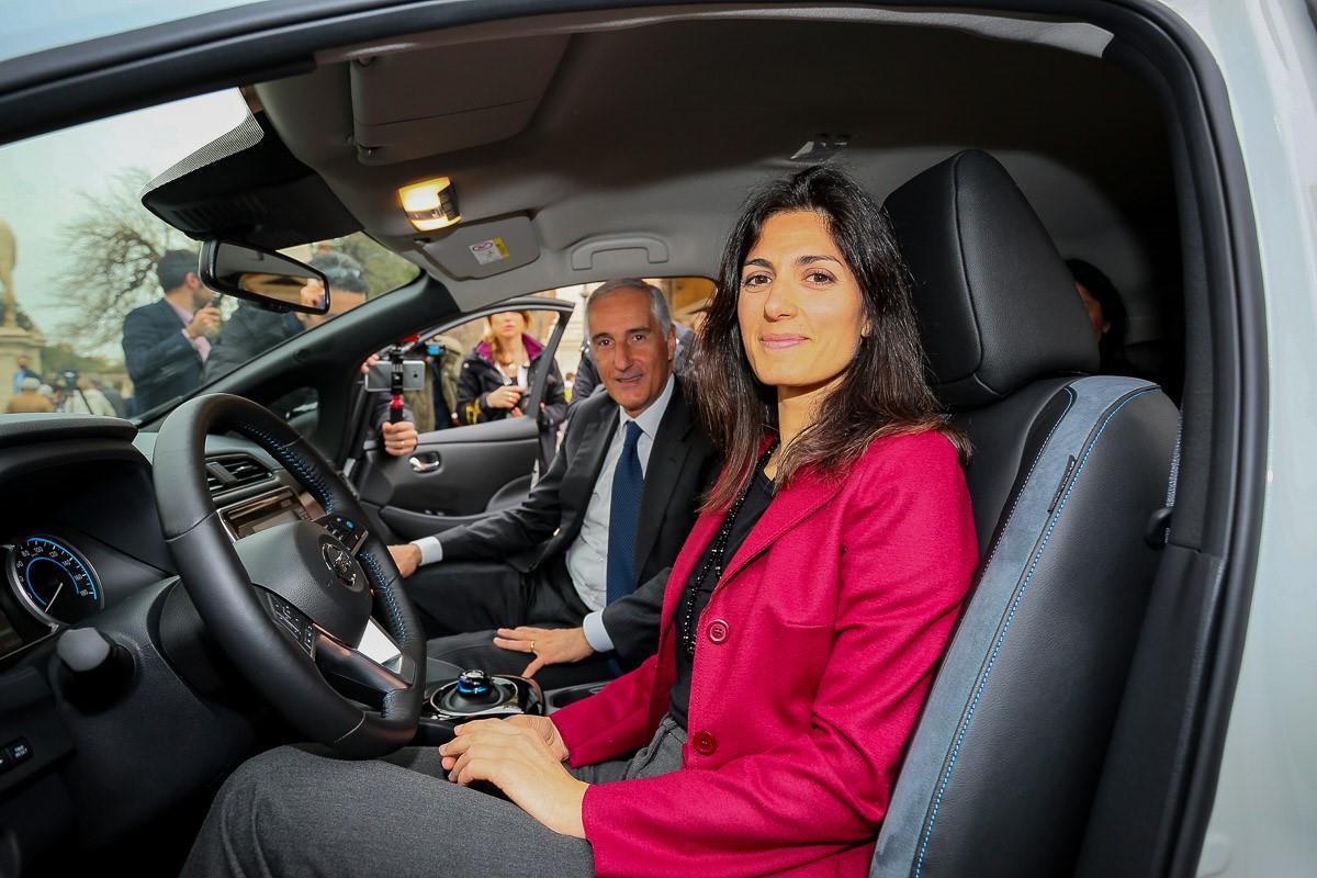 Parte da Roma il futuro della mobilità - image 426225128_Nissan-la-nuova-LEAF-e-il-van-e-N on http://auto.motori.net