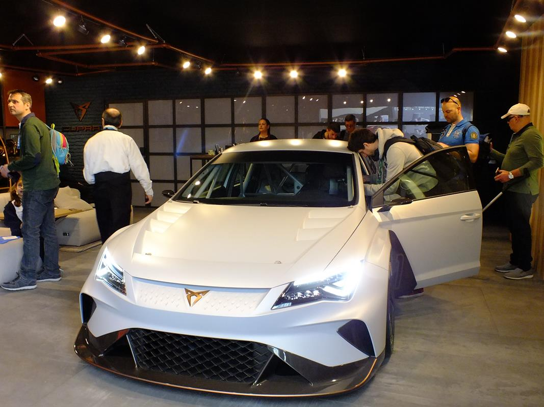 Safety tour BestDrive 2018 - image Cupra on http://auto.motori.net