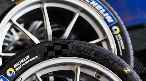 Quattro stagioni sempre al massimo - image Pilot-Sport-EV2_b-500x280 on http://auto.motori.net
