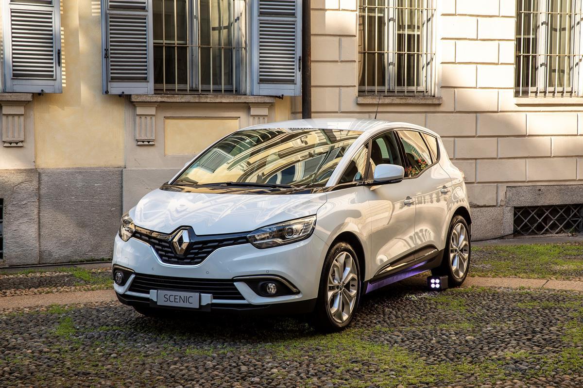 5 stelle per Focus, XC40, X4 - image Renault on http://auto.motori.net