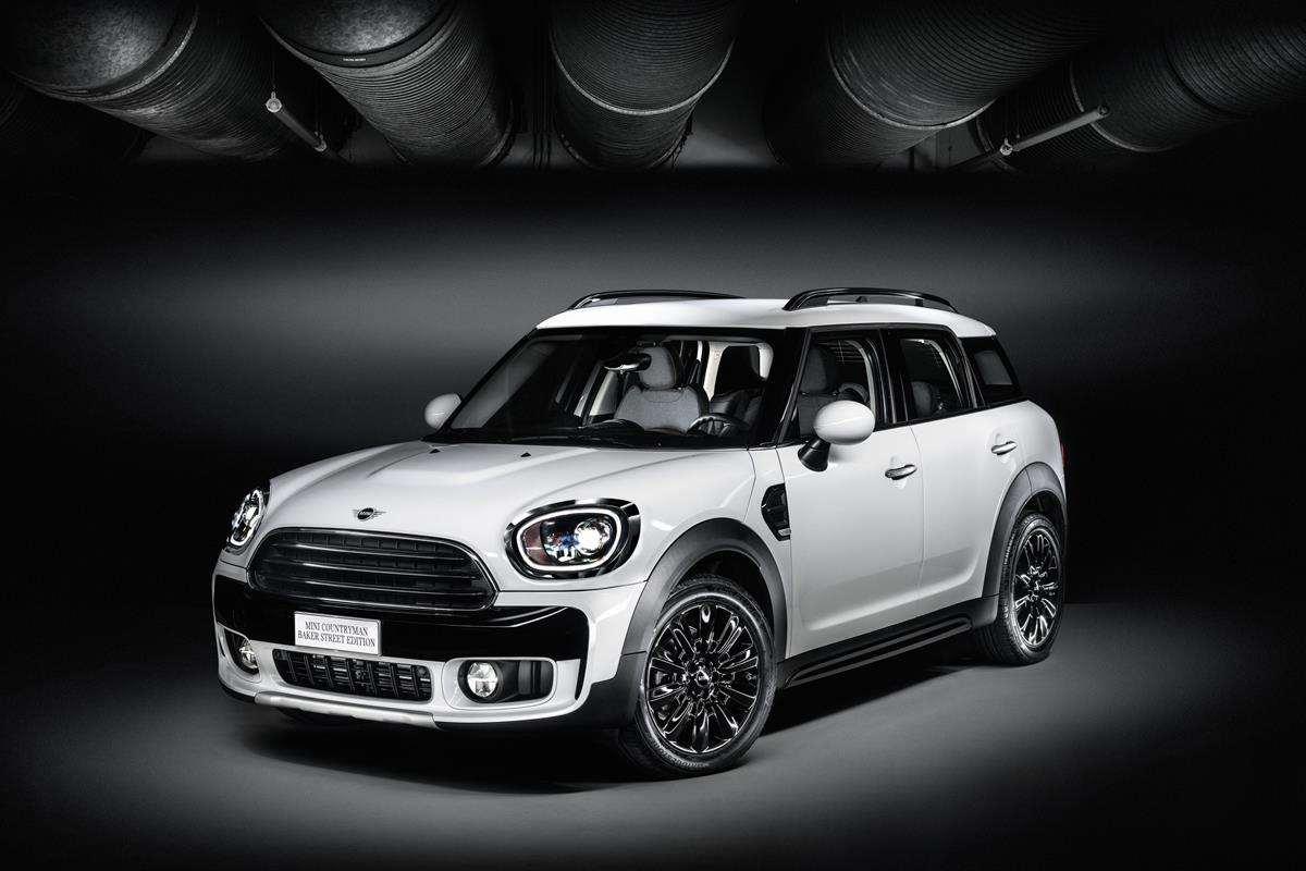 McQueen's Motorcycles - image mini-countryman-bake on http://auto.motori.net