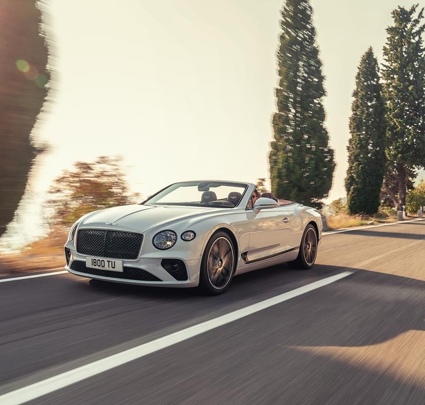La nuova Touran: innovativi sistemi di assistenza e nuovi fari al LED - image Bentley-Continental-GT-Convertible-12-840x800 on http://auto.motori.net