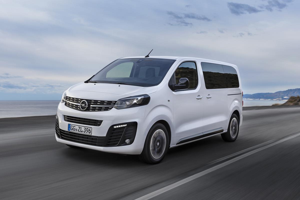 """Nissan IMs, il nuovo concept di """"berlina sportiva di lusso"""" - image Opel-Zafira-Life-505549 on http://auto.motori.net"""