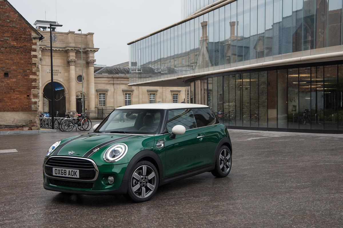 Si rinnova così il DS Club Privilège - image mini-cooper-60-years on http://auto.motori.net