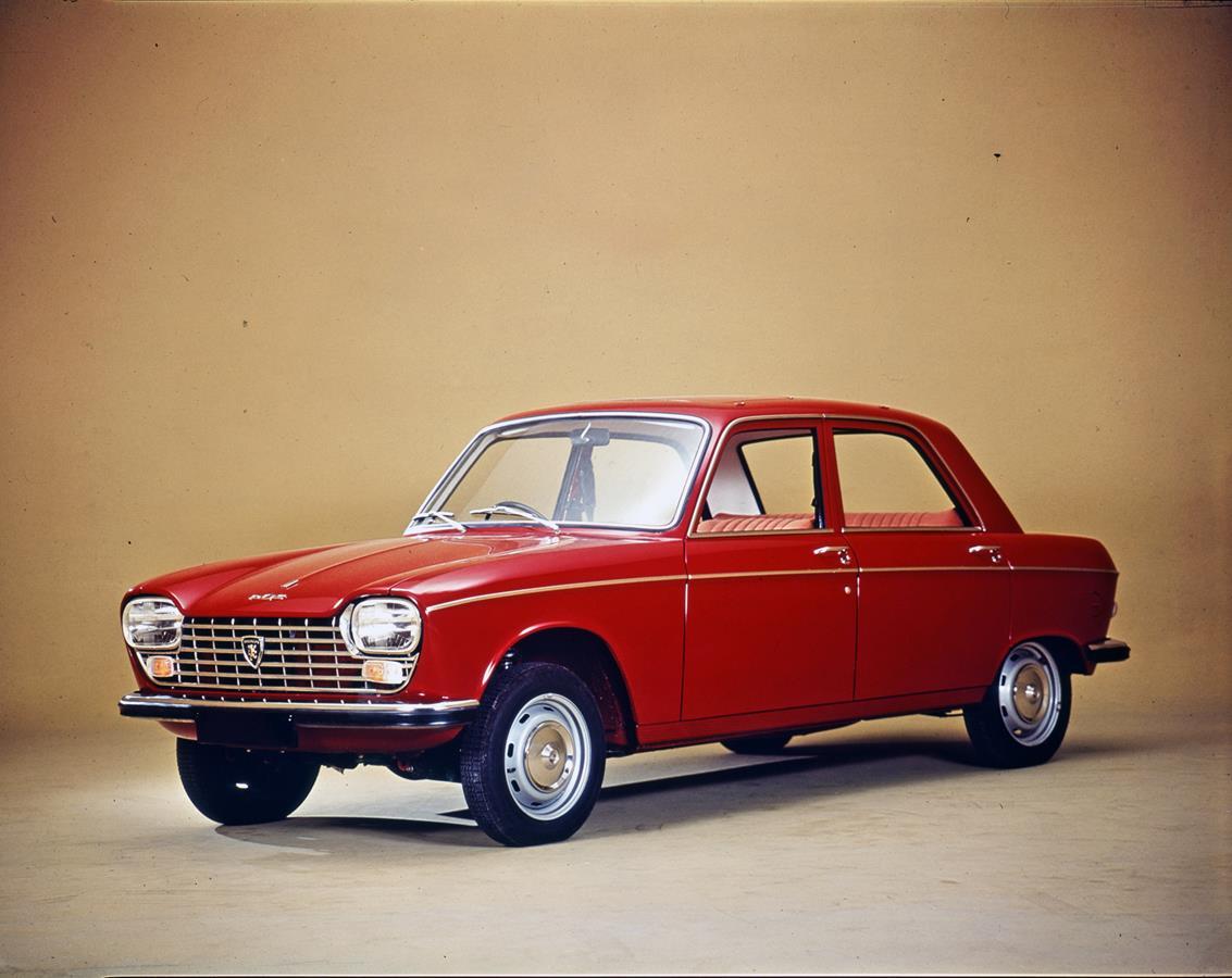Il triello mondiale - image Peugeot-204-berlina on http://auto.motori.net