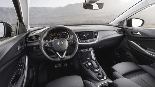 Caricato al massimo - image Opel-Grandland-X-Hybrid4-Interior-506696-500x280 on http://auto.motori.net