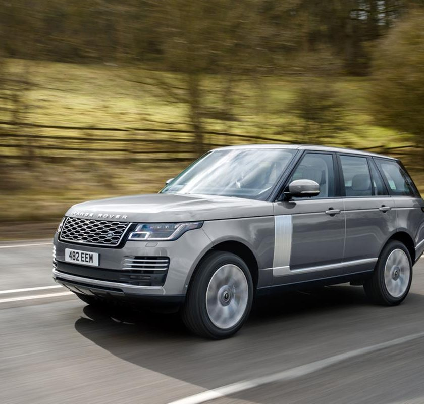 Jaguar Land Rover facilita l'accesso a bordo - image RR-20mydriving-840x800 on http://auto.motori.net