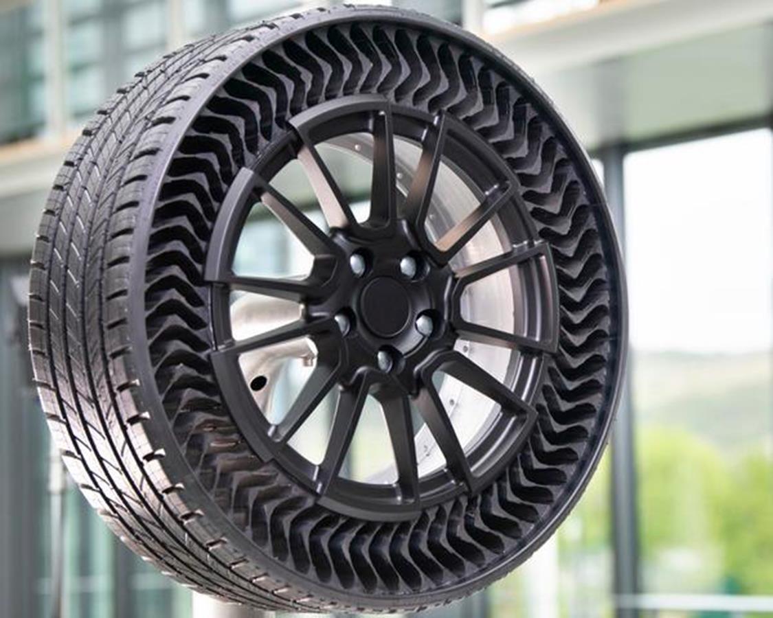 La 590 Vallelunga compie 50 anni - image Michelin on http://auto.motori.net