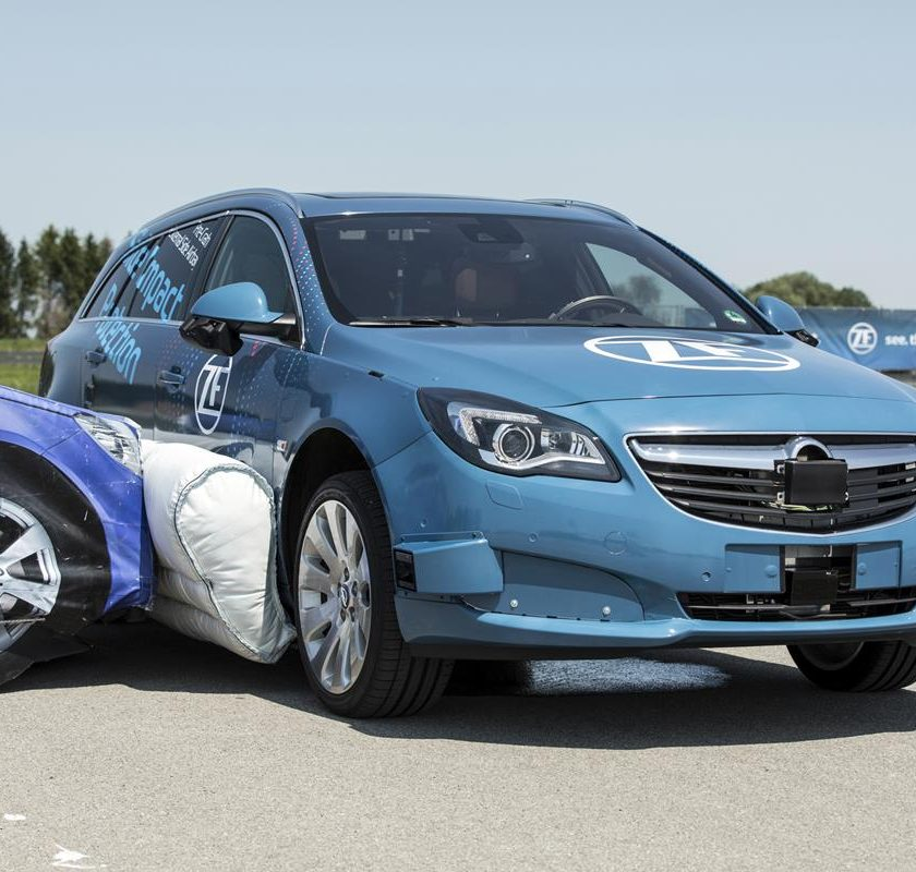 5 stelle per 5 marche - image ZF_SideImpactProtection_pic1153-840x800 on http://auto.motori.net