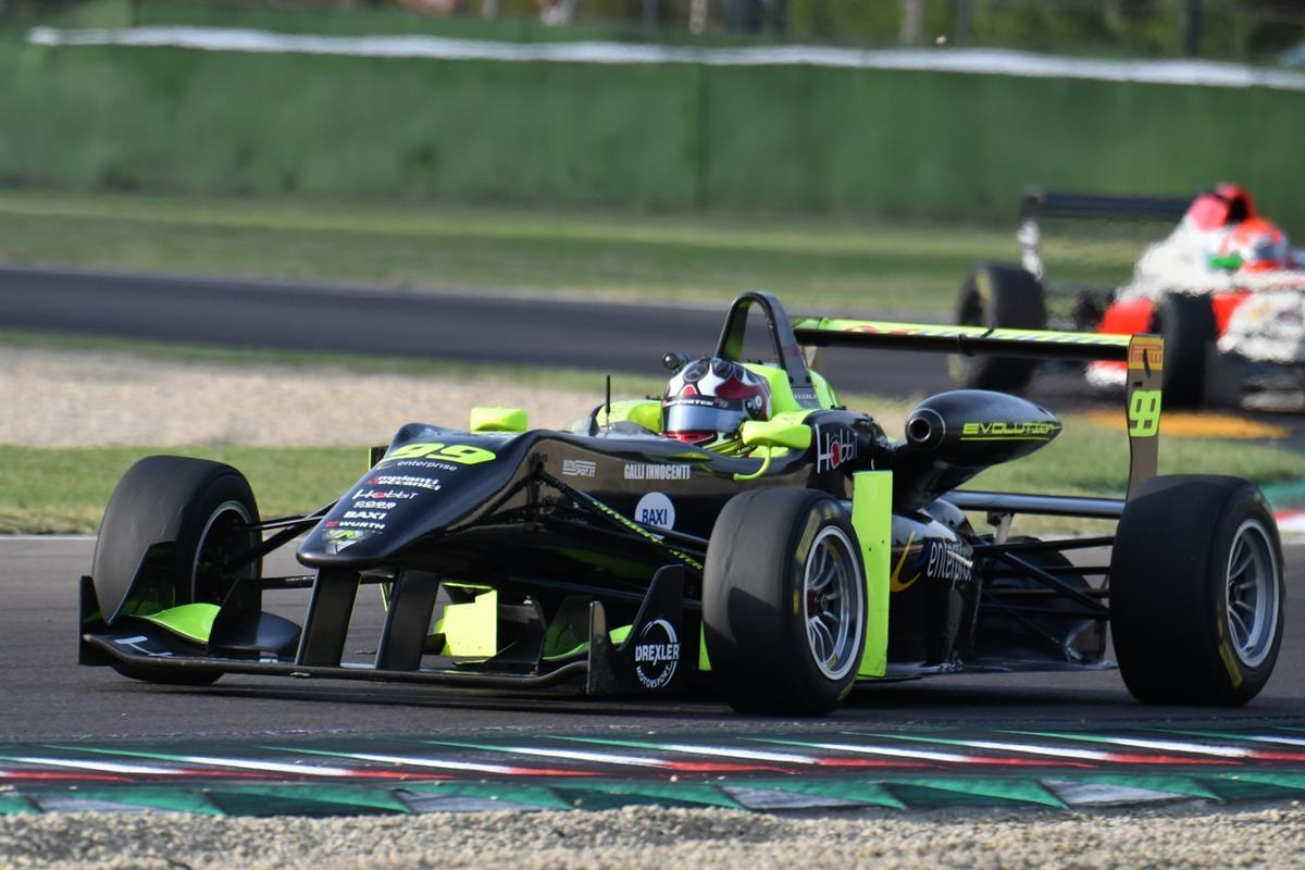 Tutto pronto per la sfida al Mugello - image 7EB1A7D7-C423-46EE-BDD4-7A25AABDB3B6 on http://auto.motori.net