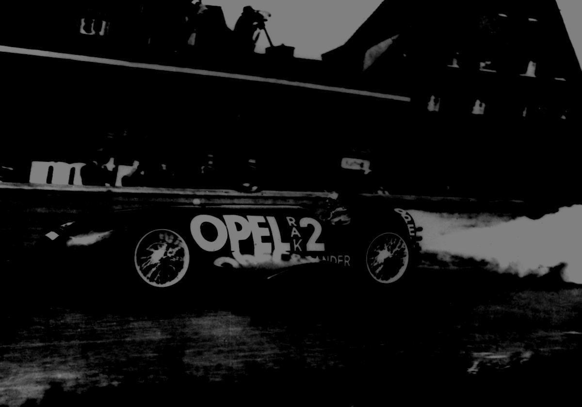 La prima pompa olio elettrica Bosch - image 1928-Opel-RAK2 on http://auto.motori.net