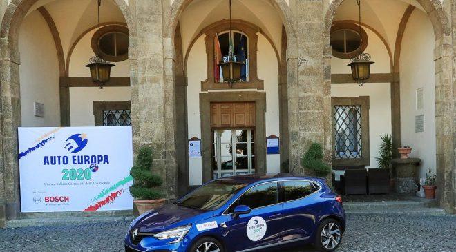 """La nuova Renault Clio è """"Auto Europa 2020"""""""