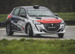 Fiat Abarth Reparto Corse Rally - image PEUGEOT-SPORT-TOGLIE-IL-VELO-ALLA-NUOVA-208-RALLY-4-1-240x172 on http://auto.motori.net