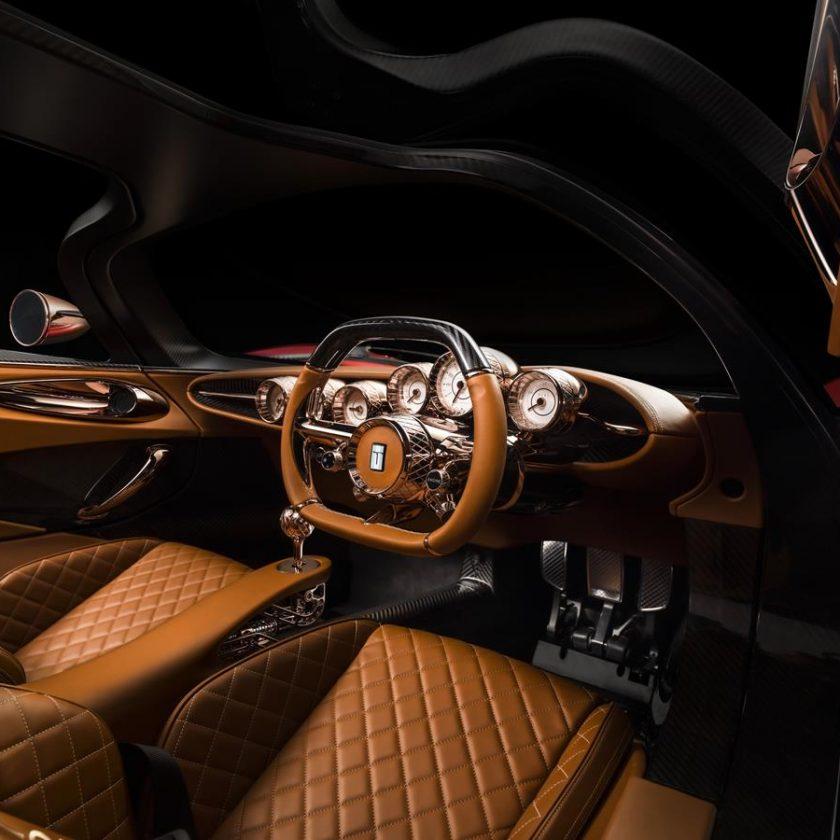I cinque zeri della nuova Peugeot e-208 100% elettrica - image De-Tomaso-P72-Interior-840x840 on http://auto.motori.net