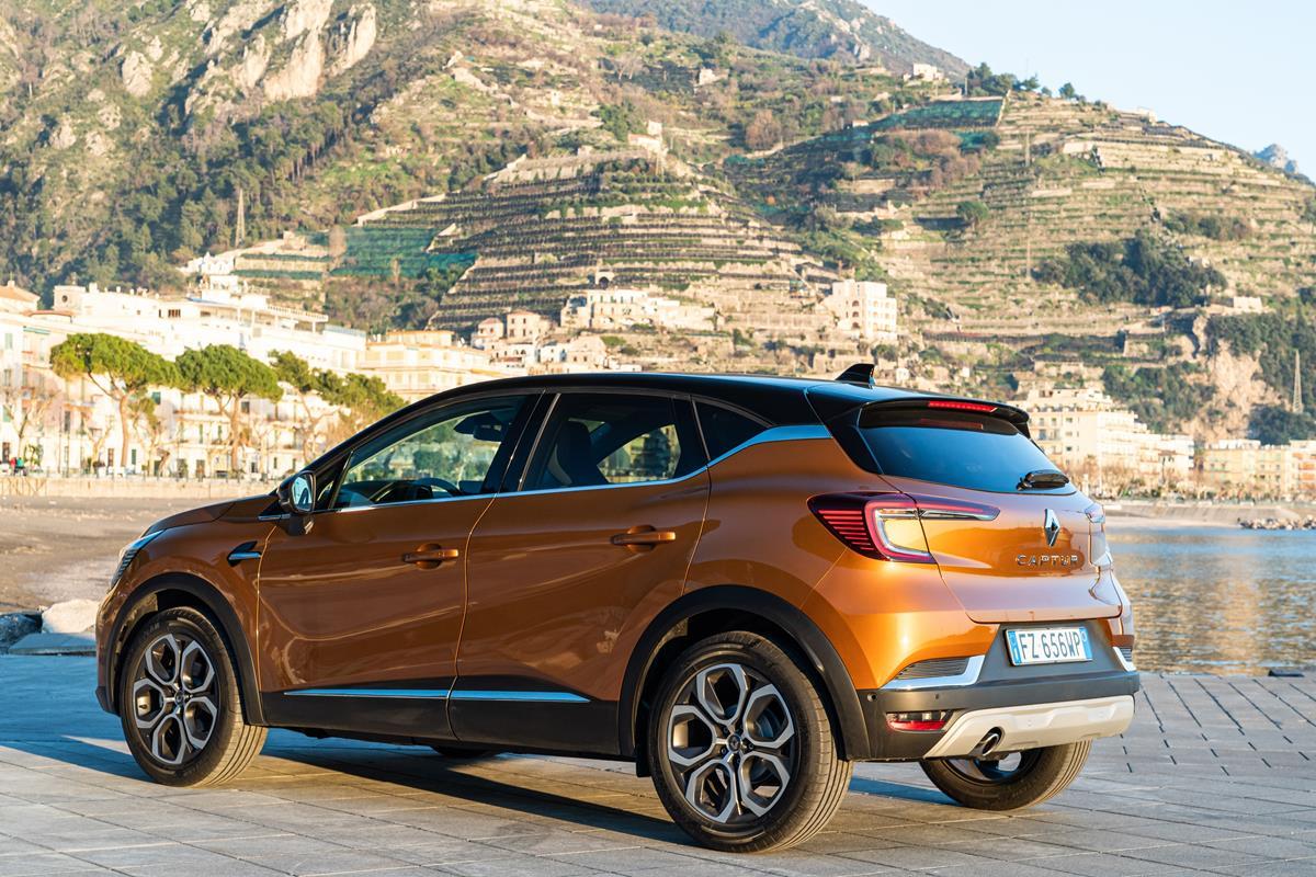 Opel Insignia GSi, ammiraglia superveloce - image 21237817_CS_-_Nuovo_Renault_CAPTUR_l_innovazione_diventa_rivoluzione on http://auto.motori.net
