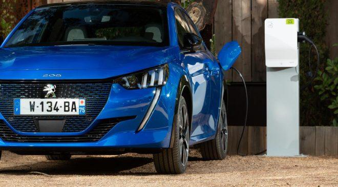 I cinque zeri della nuova Peugeot e-208 100% elettrica