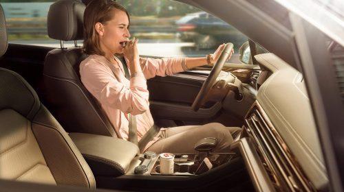 Telecamere che salvano la vita - image bosch-driver-monitoring-distractions3-1-500x280 on http://auto.motori.net
