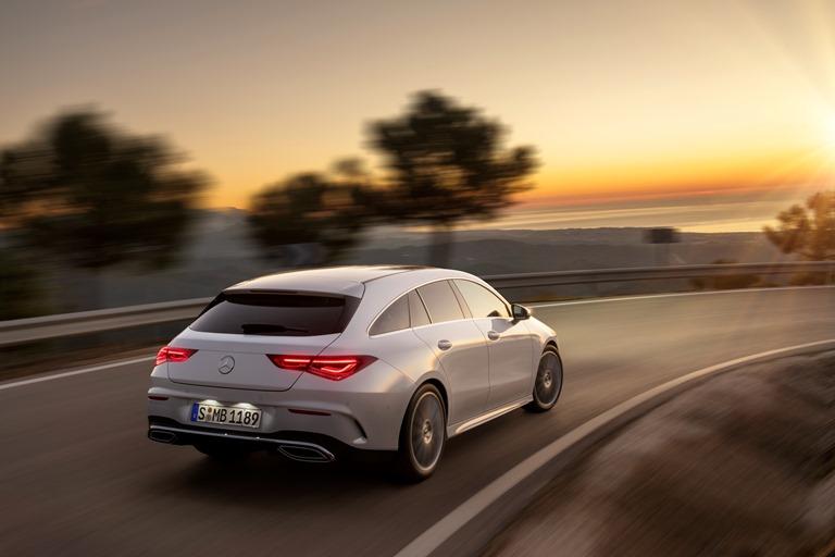 Simulatore Pirelli per lo sviluppo dei pneumatici - image mercedes-cla-shooting-brake on http://auto.motori.net