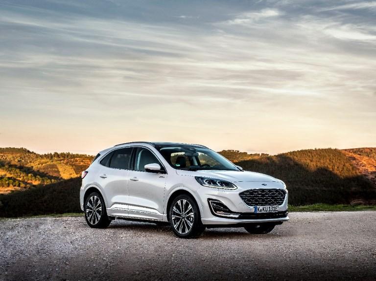Con Škoda Care Usato, auto sempre in forma fino al settimo anno - image Kuga_Vignale_Plug-In_Hybrid on http://auto.motori.net