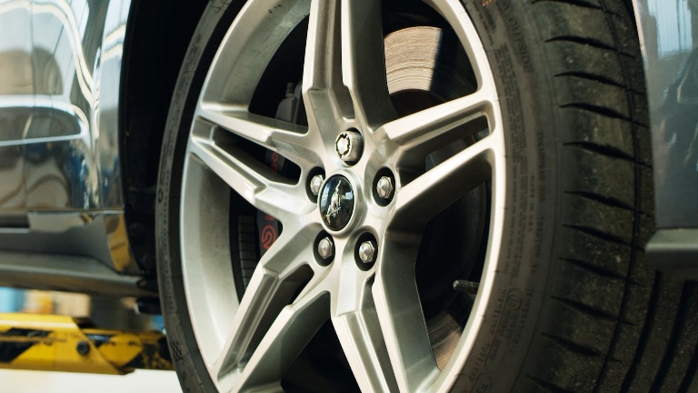 La Ford produrrà componenti in fibra di carbonio - image Locking-Wheel-Nuts on http://auto.motori.net