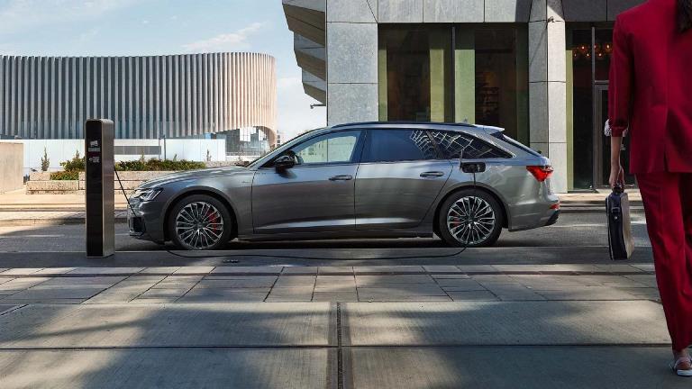Mahindra conferma il suo impegno in Formula E - image Audi-A6-Avant-TFSI-e on http://auto.motori.net