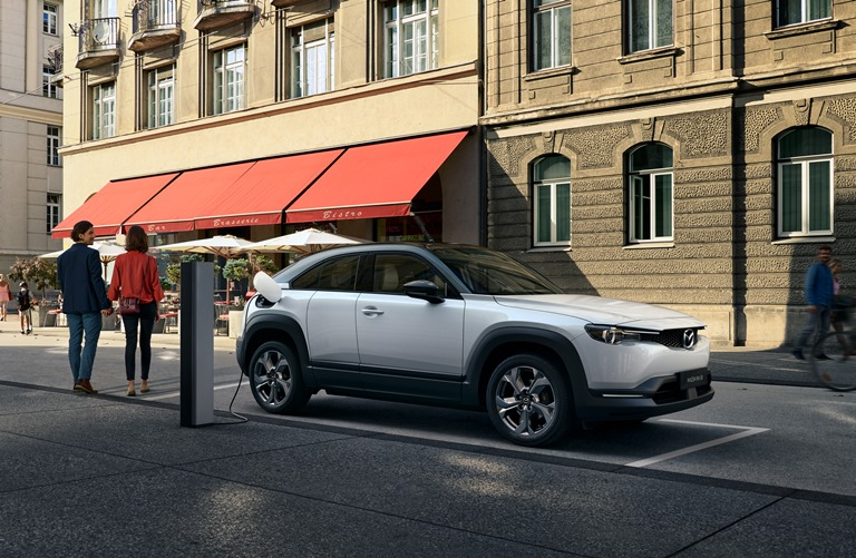 Dacia Lodgy: spazio all'economia - image MAZDA-MX-30 on http://auto.motori.net